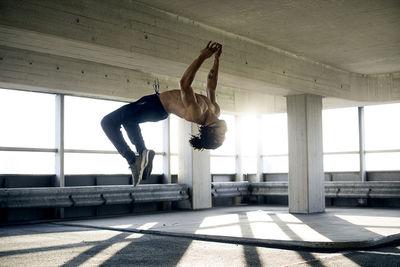 SOLAR UND FOTOGRAFEN: Tobias Gromatzki für Emmi