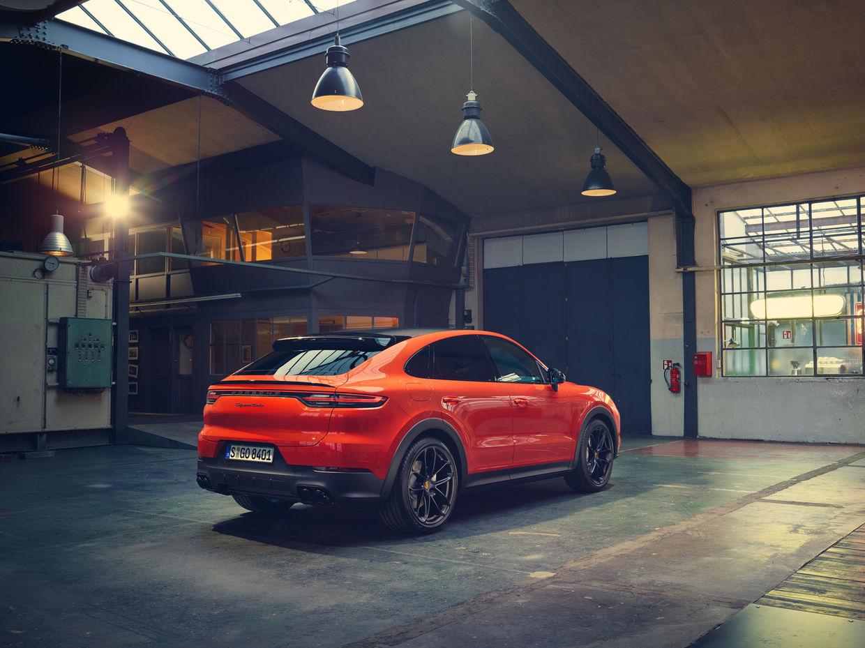 Cayenne Turbo Coupé by VICTOR JON GOICO for Porsche AG