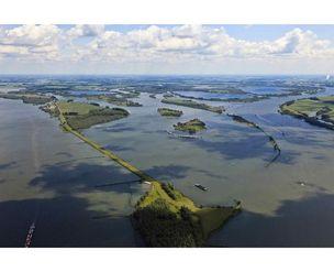 HUIS MARSEILLE : Land of Air and Water by Siebe Swart (Museum voor Fotografie)