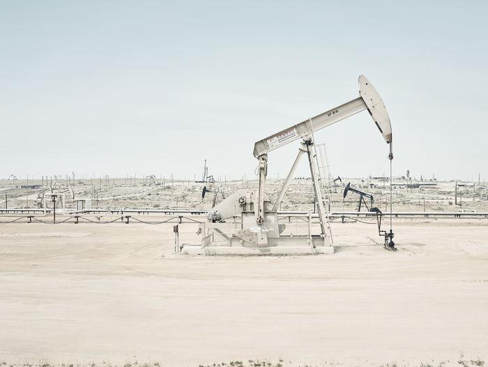 A Californian Oil Field by photographer Lodewijk Duijvesteijn