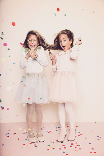 ALYSSA PIZER MANAGEMENT: Gretchen Easton Shoots Clements Twins For Mini Magazine Holiday