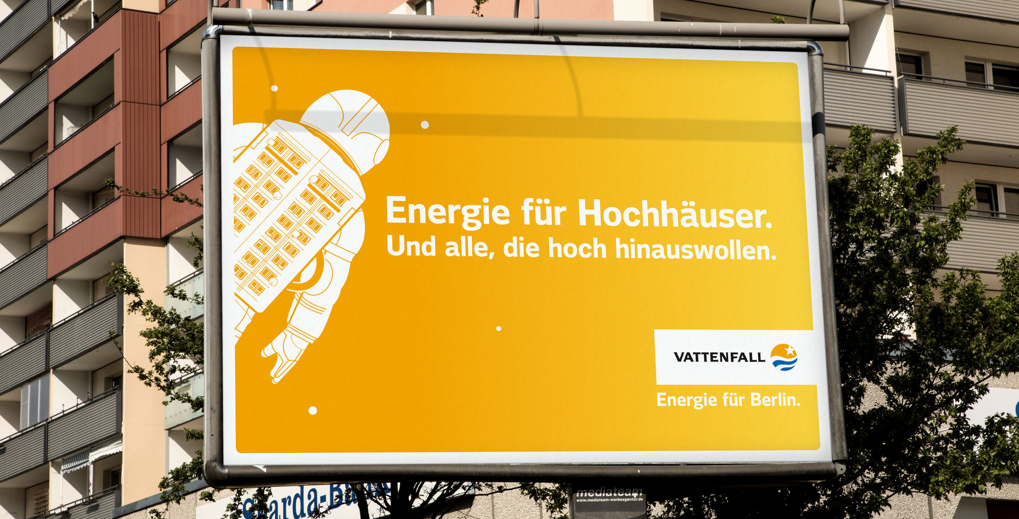 FLORIAN HUCKER for VATTENFALL