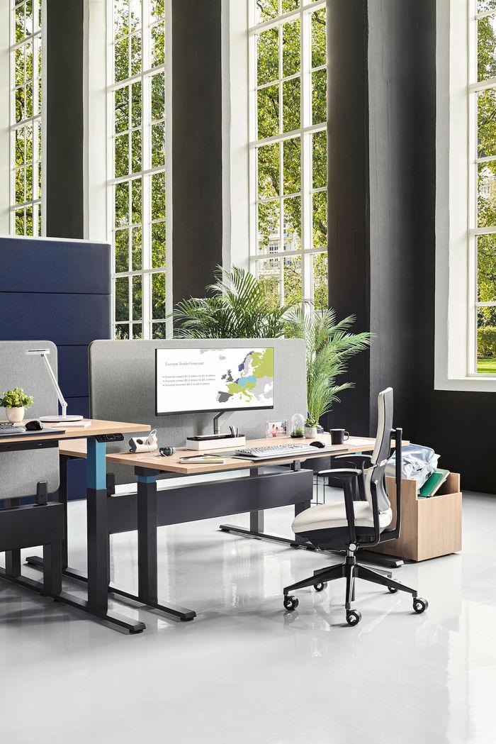 STILLSTARS - Set Design & Prop Styling Birgit Ehrlicher for Steelcase