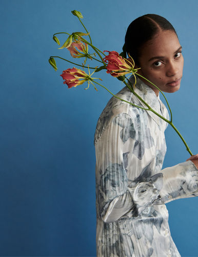 NINA KLEIN, Styling: Elke Dostal for SCHÖN! Magazine by Oliver Beckmann