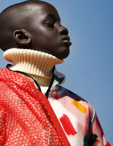 'Colors' by Isabel Pinto for Scimparello Magazine