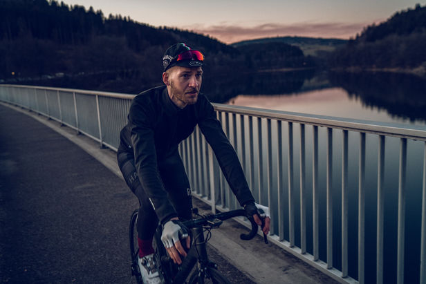 TRANSPORTATION SPECIALS  | THOMAS SCHORN - VELO PASSIONE | REPRESENTED BY BANRAP