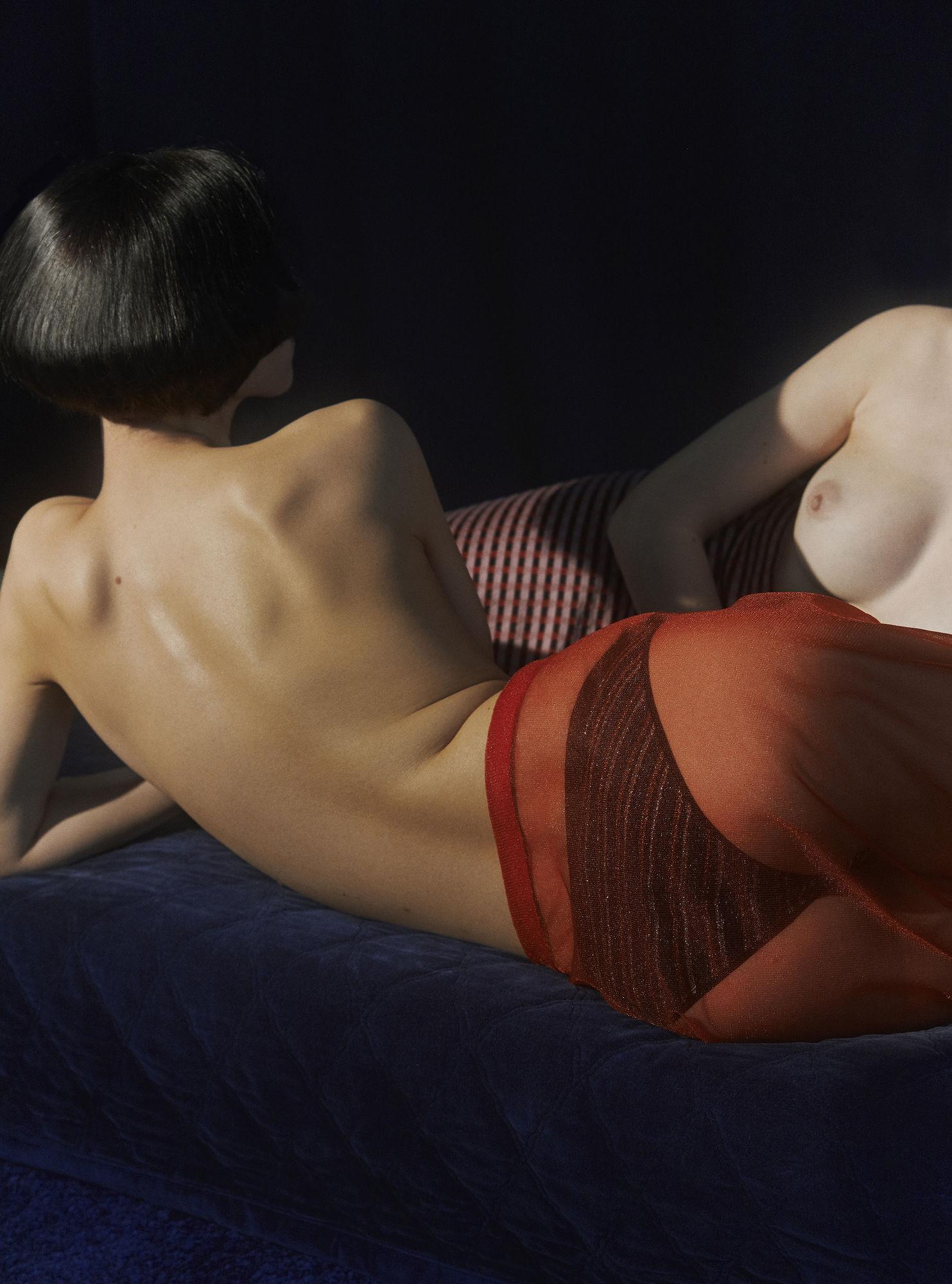 'Dark' Styling by Christina Holzum c/o KLAUS STIEGEMEYER