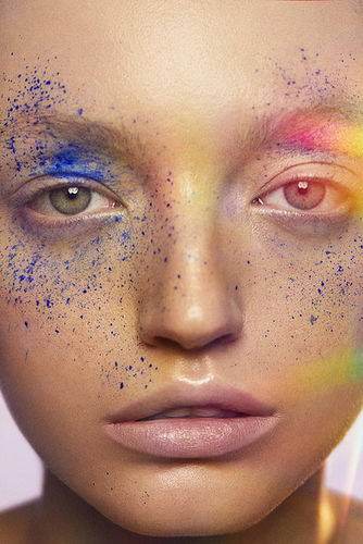 Enric Galceran c/o TAKE Agency shoots a new beauty story for Vogue Portugal