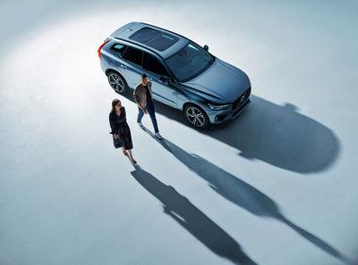 EMEIS DEUBEL: Özgür Albayrak Volvo Studio