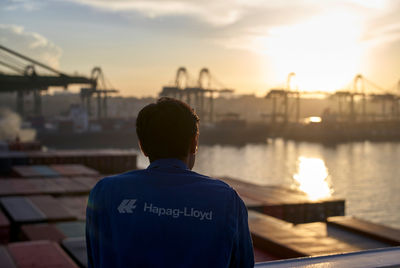 EMEIS DEUBEL: Lars Borges for Hapag-Lloyd