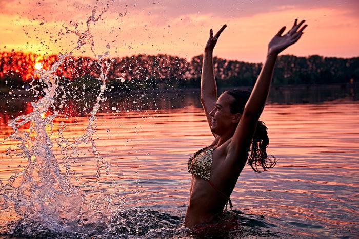 SEVERIN WENDELER: Summer Lifestyle photoshoot by Beatrice Heydiri c/o Severin Wendeler