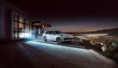 Porsche Cayenne Turbo S E-Hybrid by Stephan Romer