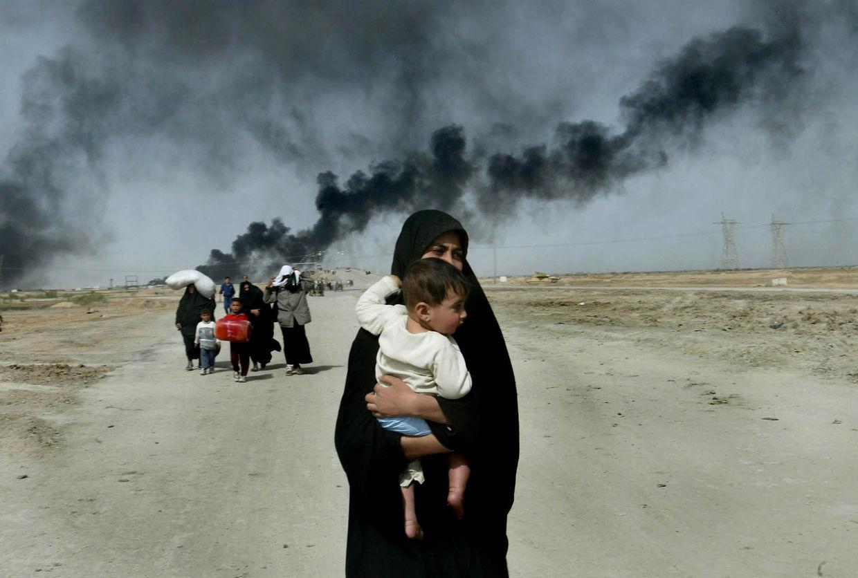 GOSEE ART: Zivilisten auf der Flucht, Basra, Irak, 30. März 2003 © Anja Niedringhaus/AP