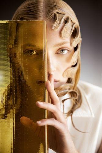 Beauty editorial with Eliza Kallmann by UWE KOERNER