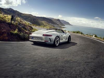 KELLY KELLERHOFF REPRESENTS! Andreas Hempel für Porsche Speedster