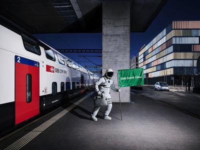 CHRISTA KLUBERT PHOTOGRAPHERS: DENIS IGNATOV FOR SBB GREEN CLASS