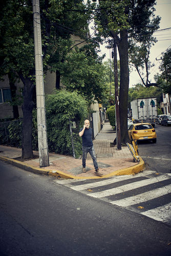ROBERTINO NIKOLIC - A&W MAGAZIN - DESIGNER OF THE YEAR / LOCATION - MEXICO CITY / REPRESENTED BY BANRAP