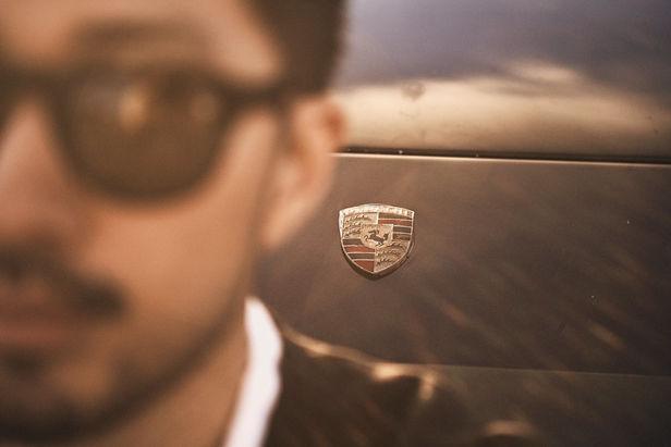 WE! SHOOT IT, Porsche 924 People Photography by Michael Compensis & Thomas von Salomon c/o Kelly Kellerhoff