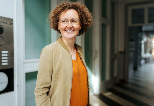BOSCHTOBANRAP : Britta Schwarz, Booking & Projektmanagement