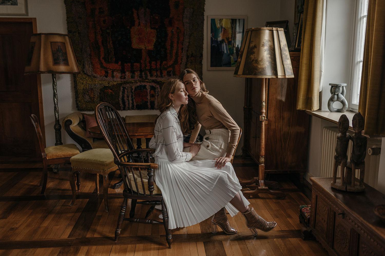 BRODYBOOKINGS: ESTHER & LEA for GOLDMARLEN