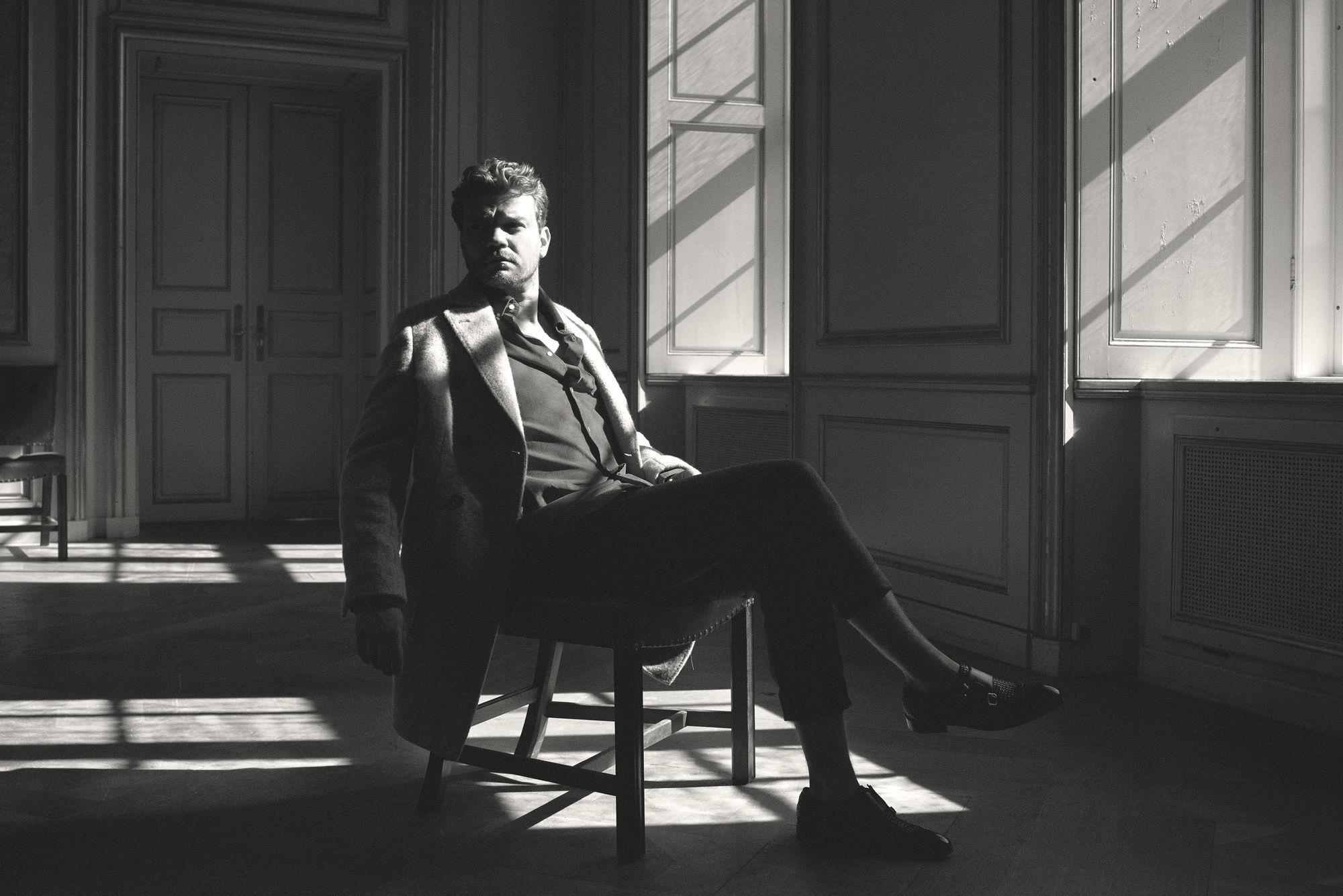 Nikolaj Møller @BLINK PRODUCTION captured actor Pilou Asbæk for the November issue of OUT Magazine
