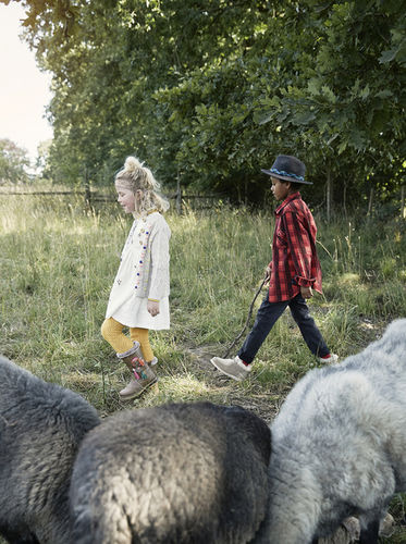 MIRIAM LINDTHALER - ELTER FAMILY - EDITORIAL/ FOLKLORE FASHION 10/18