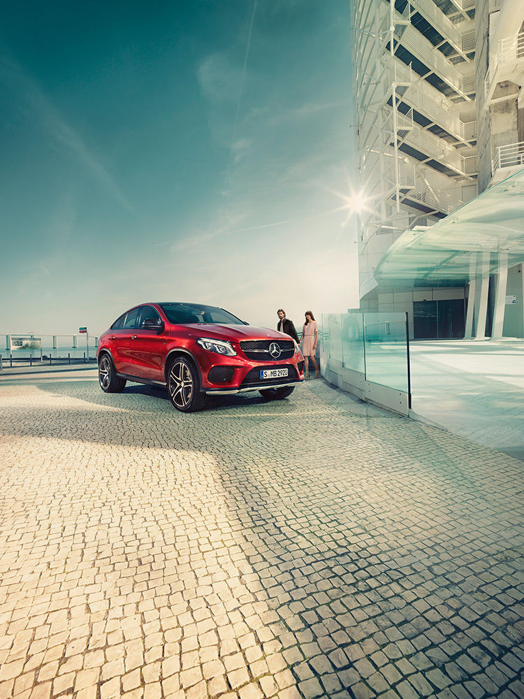 ANKE LUCKMANN for MERCEDES-BENZ MAGAZIN GLE