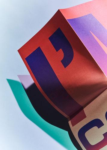 KLAUS STIEGEMEYER: Tom Medici für Paperlux Studio