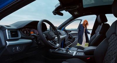 EMEIS DEUBEL: Özgür Albayrak for Audi