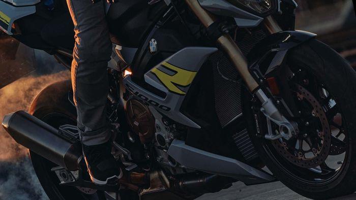 BMW S1000R for ramp magazine