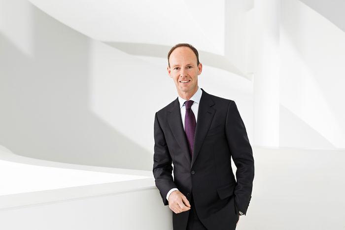 NILS HENDRIK MUELLER, Corporate Photography for Annual Report of Bertelsmann