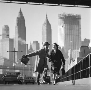 Gallery Vassie : Norman Parkinson, New York, New York, East River Drive, GO Magazine, early 1960s