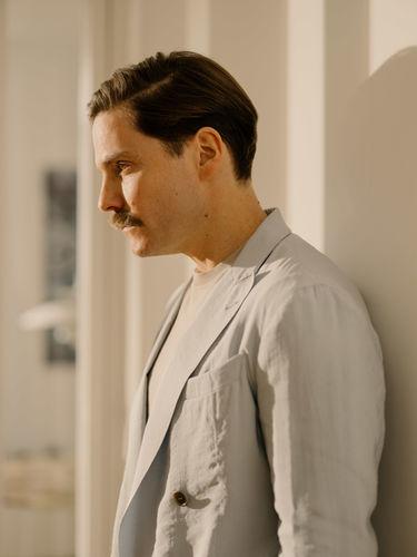 EMEIS DEUBEL: Robert Rieger portraied Daniel Brühl for Esquire Germany