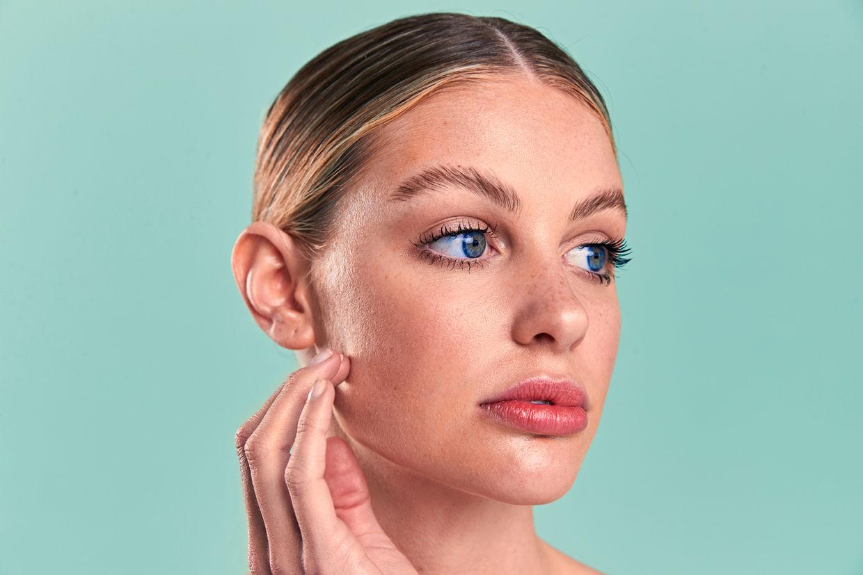 SEVERIN WENDELER: Fresh Face - Photography by Beatrice Heydiri c/o Severin Wendeler