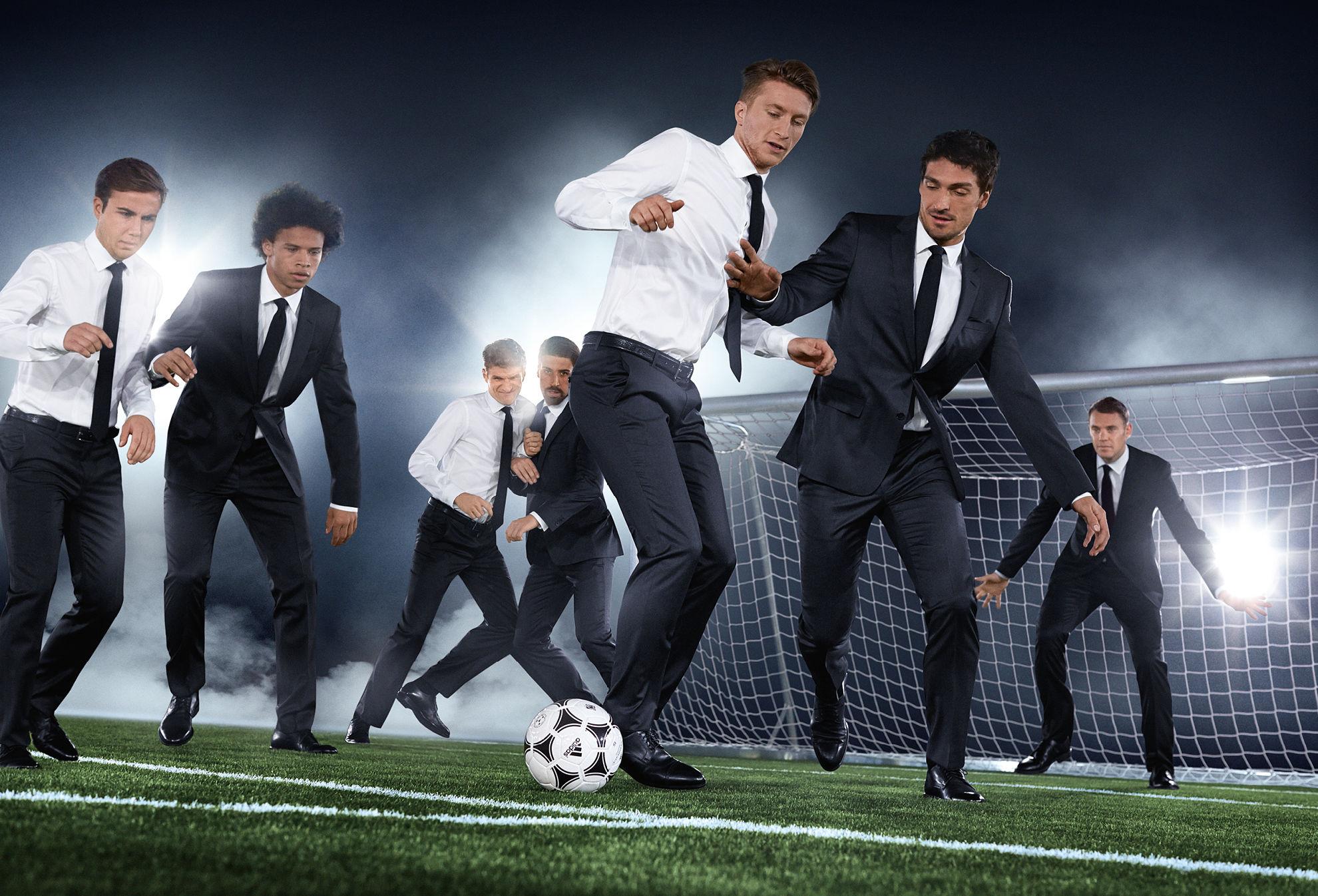 ассортимент картинки по футболу костюмы также