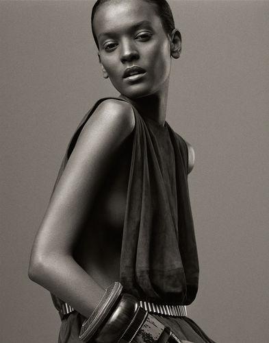 CHRISTA KLUBERT PHOTOGRAPHERS: NEW ARTIST - DAVID THOMPSON