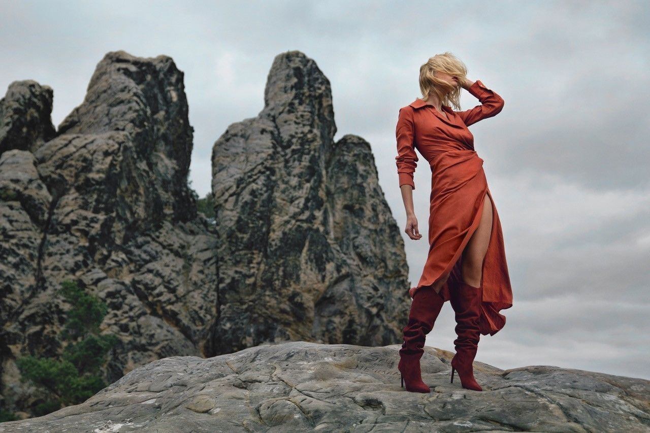 COSMOPOLA – FRANK GROLL - on the rocks