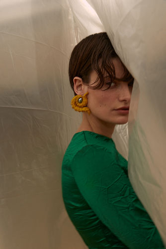 Theresa Kaindl c/o SHOTVIEW ARTISTS MANAGEMENT