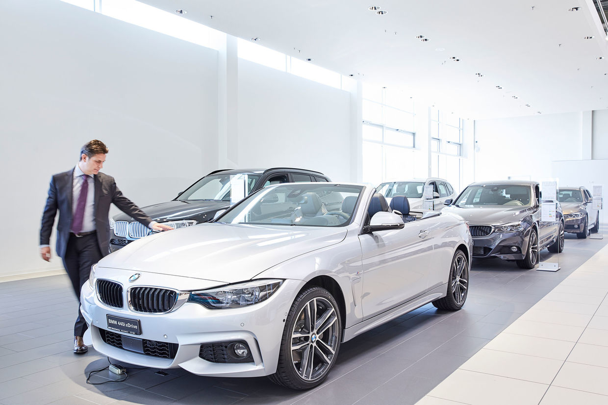 SCANDERBEG SAUER : BMW Group Switzerland