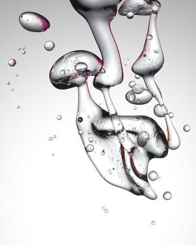 Pål Allan c/o LUNDLUND - Liquids & Stills