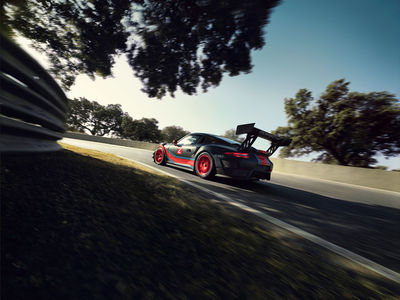 CHRISTA KLUBERT PHOTOGRAPHERS: DAVID MAURER WITH PATRICK DEMPSEY AND THE NEW PORSCHE 911 GT2 RS CLUBSPORT