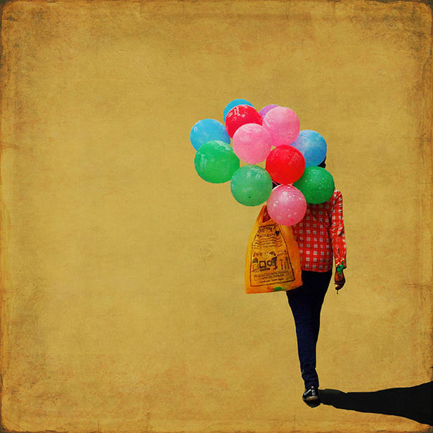 FESTIVAL LA GACILLY-BADEN PHOTO presents Girma Berta