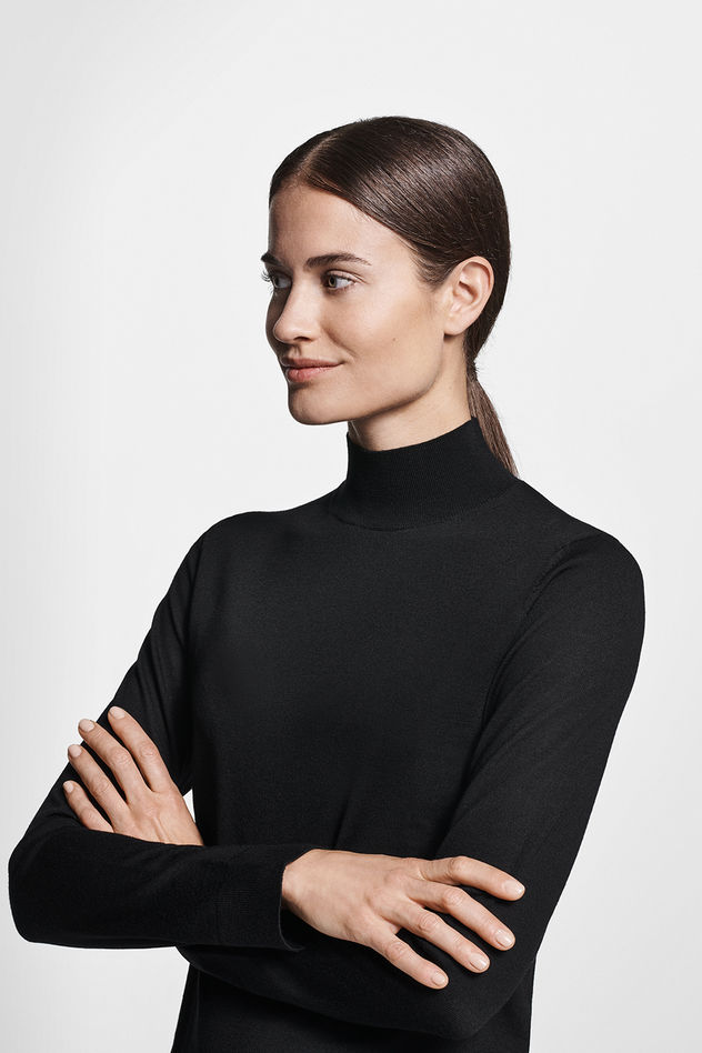 BRODYBOOKINGS: POLLY for HUGO BOSS