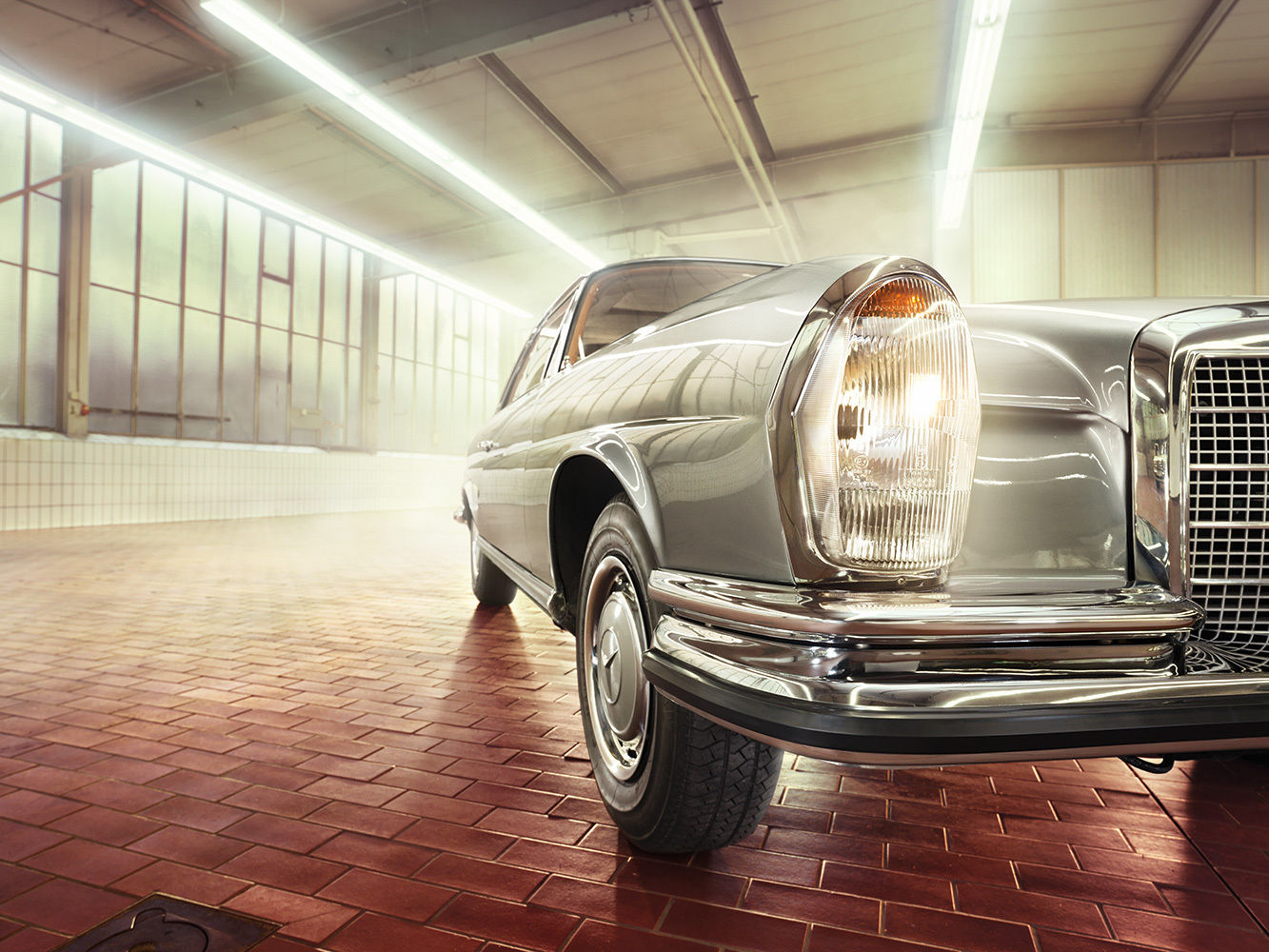 ANKE LUCKMANN for MERCEDES-BENZ Classic Partner