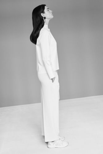 Minimalistic Beauty feat. by VOGUE ITALIA, by Verena Voetter