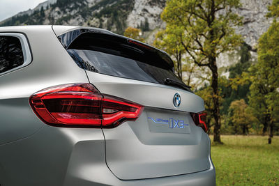 MATTHIAS ALETSEE BMW iX3 Concept Car