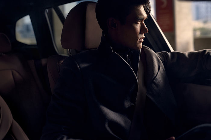 SEVERIN WENDELER: BMW iX3 - Photography by Anton Watts c/o Severin Wendeler