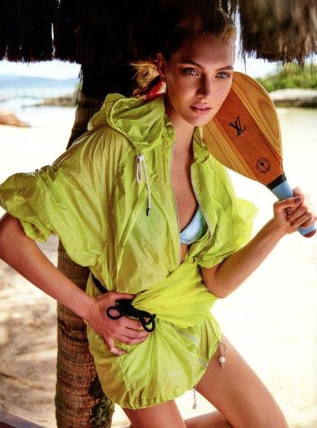 Luana Teifke for Marie Claire Brasil shot by Fabio Bartelt
