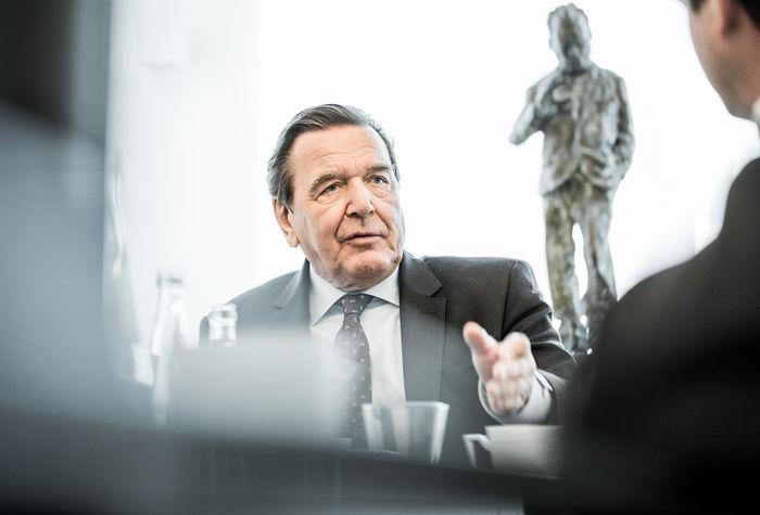 NILS HENDRIK MUELLER, Gerhard Schröder, Corporate Portrait for Handelsblatt