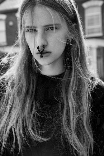 Ina LEKIEWICZ c/o AFPHOTO for Nylon Magazine